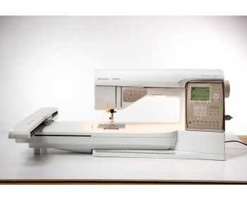 Швейная машина Husqvarna Designer Topaz 30 фото