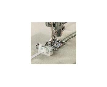 Лапка Janome для вшивания тесьмы артикул J200-332-000 фото