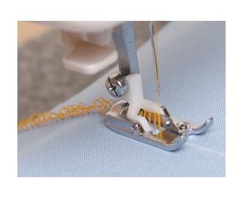 Лапка Janome для букле артикул J941-660-000 Fringe foot фото