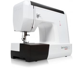 Швейная машина Bernette 10 фото